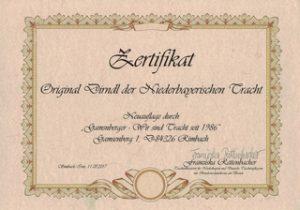 Zertifikat Niederbayerisches Dirndl Gamsnberger