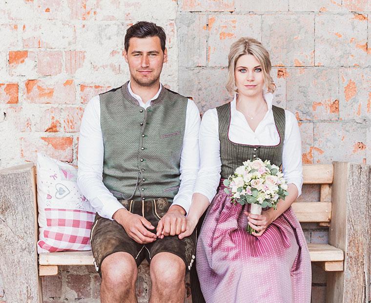 Hochzeitspaar in Tracht von Gamsnberger